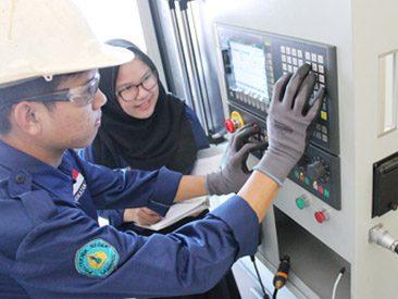 Ahli madya terapan Diploma 3 Politeknik Negeri Lampung